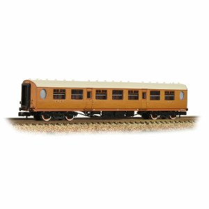 Graham Farish N 376-250 Thompson 3rd Class Corridor LNER Teak