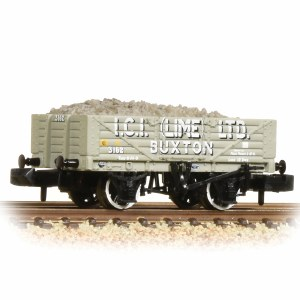 Graham Farish N 377-031 5 Plank Wagon with Steel Floor ICI Lime - with Wagon Load
