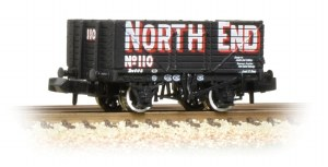 Graham Farish N 377-091 7 Plank Wagon End Door Wagon 'North End'