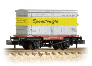 Graham Farish N 377-346 Conflat with Vented Alloy BA Container Speedfreight