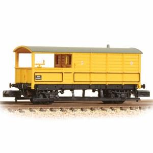 Graham Farish N 377-379 20 Ton Toad Brake Van BR Departmental Yellow
