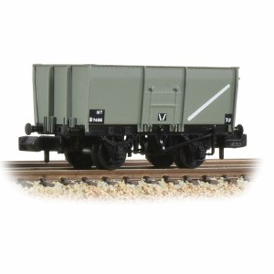 Graham Farish N 377-450C 16T Steel Slope-Sided Mineral Wagon Riveted Side Door BR Grey (Early)