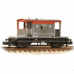 Graham Farish N 377-535A 20 Ton Brake Van BR Railfreight