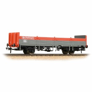 Bachmann OO 38-041C 31 Tonne OBA Open Wagon BR Railfreight Red & Grey