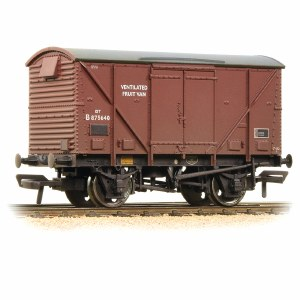 Bachmann OO 38-183A 12 Ton BR Plywood Fruit Van BR Bauxite (Late) Weathered
