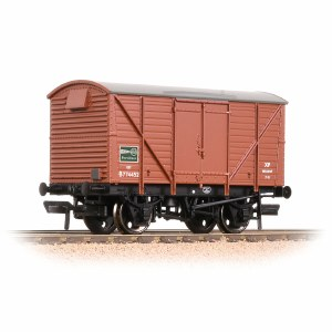 Bachmann OO 38-230B BR 12T Ventilated Van Plywood Doors BR Bauxite (Early) 'ICI'