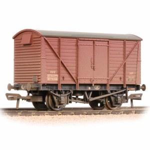 Bachmann OO 38-232 BR 12T Ventilated Van Plywood Doors BR Bauxite (TOPS) - Weathered