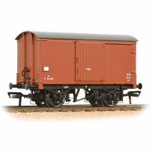 Bachmann OO 38-576A 12 Ton Fish Van BR Bauxite (Early)