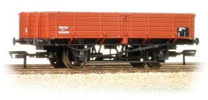 Bachmann OO 38-701 12 Ton Pipe Wagon BR Bauxite Late
