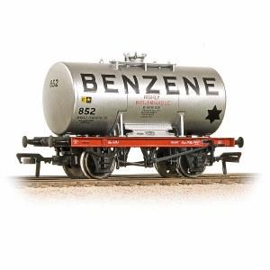 Bachmann OO 38-775 Class A 14 Ton Anchor-Mounted Tank Wagon 'Benzene'