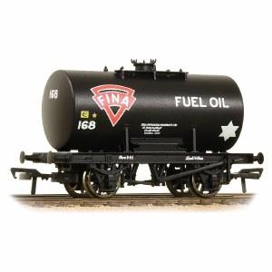 Bachmann OO 38-779 Class B 14 Ton Anchor-Mounted Tank Wagon 'Fina' Black