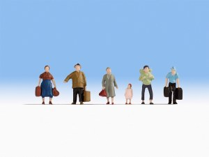 Noch N 38115 Hobby Series - Pedestrians with Luggage (6)