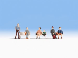 Noch N 38116 Hobby Series - Seated Passengers (6)