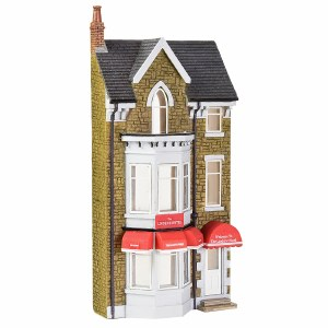 Bachmann OO 44-0207 Low Relief  Lindene Hotel