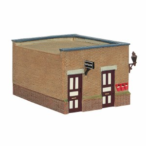 Bachmann OO 44-090C Bluebell Waiting Room and Toilet Crimson and Cream