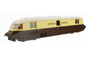 Dapol OO 4D-011-100 Streamlined Railcar 17 Express Parcels Chocolate & Cream