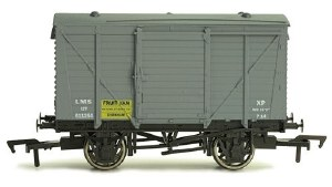 Dapol OO 4F-011-013 Ventilated Van LMS Fruit Van 511254