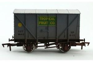 Dapol OO 4F-016-022 Banana Van Tropical Fruit Weathered M45