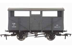 Dapol OO 4F-020-037 Cattle Wagon GWR 13830