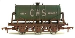 Dapol OO 4F-031-026 6 Wheel Milk Tank CWS Weathered
