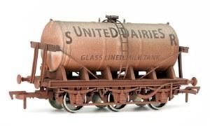 Dapol OO 4F-031-028 6 Wheel Milk Tank SR United Dairies Weathered