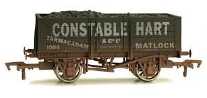 Dapol OO 4F-051-022 5 Plank Wagon 10' Wheelbase Constable Hart Weathered