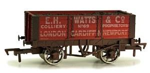 Dapol OO 4F-052-012 5 Plank Wagon 9' Wheelbase E H Watts and Co Weathered