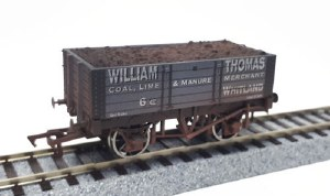 Dapol OO 4F-052-020 5 Plank Wagon William Thomas Weathered