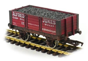 Dapol OO 4F-052-032 5 Plank 9 Ft W/B Alfred Dukes 12 Weathered