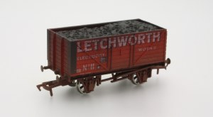 Dapol OO 4F-080-107 8 Plank Wagon Letchworth Electricity Works Weathered