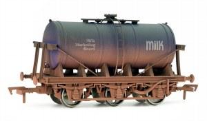 Dapol OO 4F-031-006 6 Wheel Milk Tanker Milk Marketing Board Weathered