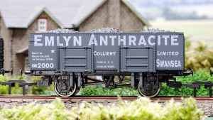 Dapol OO 4F-038-001 20T Steel Mineral Emlyn Anthracite Weathered