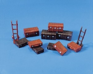 Model Scene OO 5062 Suitcases Trunks and Trolley