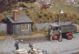 Ratio OO 524 Weighbridge and Hut