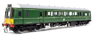 Dapol O 7D-009-002D Class 121 W55027 Green with Small Yellow Panel DCC Fitted