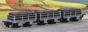 Peco OO9 GR-321 2 Ton Slate Waggons Pack of 2 Unbraked and 1 Braked