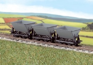 "Peco OO9 GR-331 Hudson ""Rugga"" V Skip Tipping Wagons - Grey - Pack of 3"