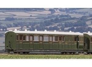 Peco OO9 GR-421B Lynton and Barnstaple Railway Brake Coach Southern Railway