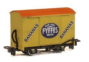 Peco OO9 GR-902 Box Van 'Fyffes Bananas'