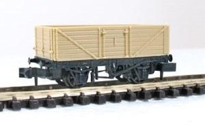 Peco N KNR-220 7 plank Open Wagon