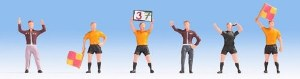 Noch OO 15989 Football Match Officials (4) & Coaches (2) Figure Set (HO Scale)