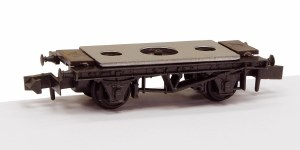 Peco N NR-121D 10ft Wheelbase Wagon Chassis with Steel Type Solebars and Disc Wheels