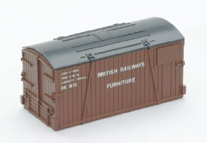 Peco N NR-208 Containers only: Furniture Removals BR and LEP Department'