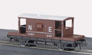Peco N NR-28E 15ft Wheelbase Brake Van, NE,