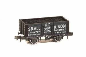 Peco N NR-P429 10ft Wheelbase Coal, 7 Plank 'Small & Son' Taunton