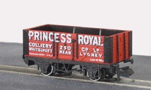 Peco N NR-P96 10ft Wheelbase Coal, 7 plank,