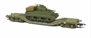 Oxford Rail OO OR76WW006C Warwell Flat Wagon KWA 95537 with Sherman Tank Load