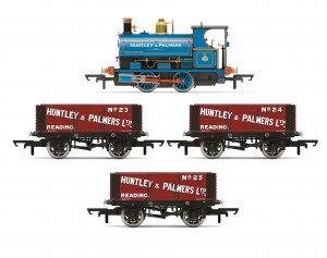 Hornby OO R3686 Huntley & Palmers, Peckett W4 Works Freight Pack - Era 2 - Limited Edition