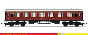 Hornby RailRoad OO R4388 Stanier Period III Composite Corridor LMS Crimson Lake