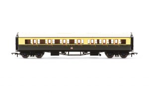 Hornby OO R4682A Collett 'Bow Ended' Composite Corridor Left Hand 6528 GWR Chocolate & Cream (Crest)